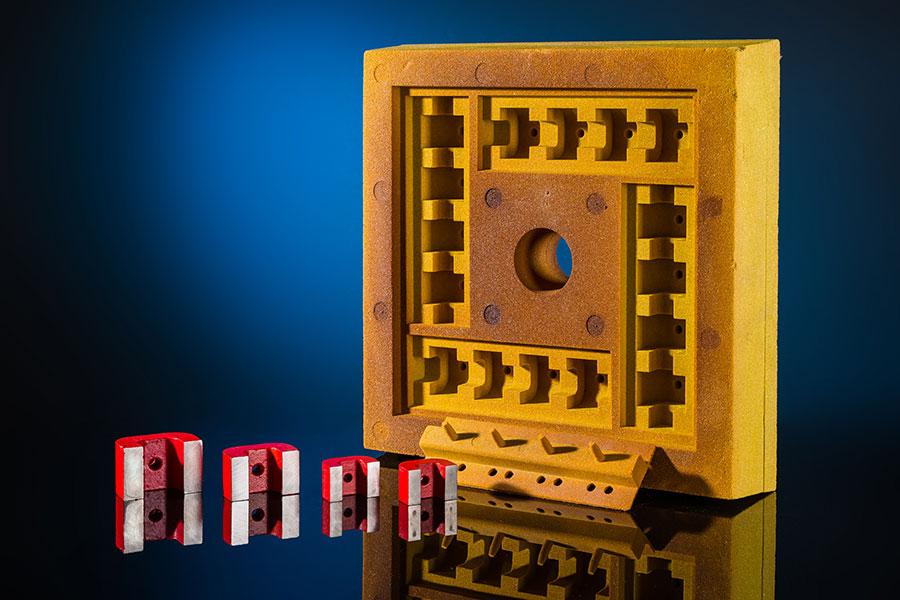 AlNiCo U-Magnete und eine Gussform