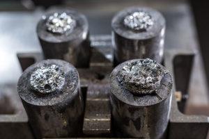 ungeschliffene AlNiCo-Magnete